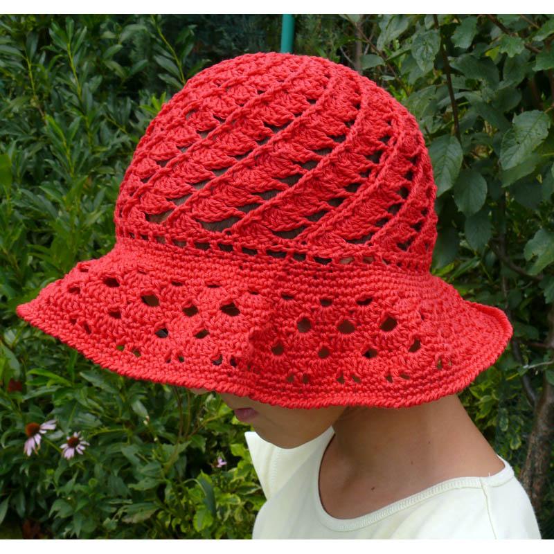 9ba51ba07 Čipková háčkovaná baretka. 🔍. Červený klobúk. Červený klobúk