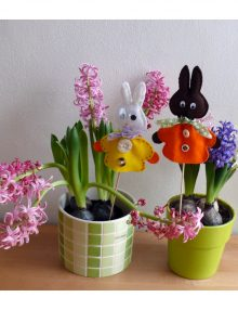 Veselý jarný zajačik