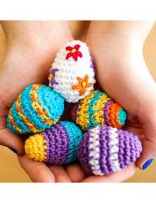 Veľkonočné háčkované vajíčka